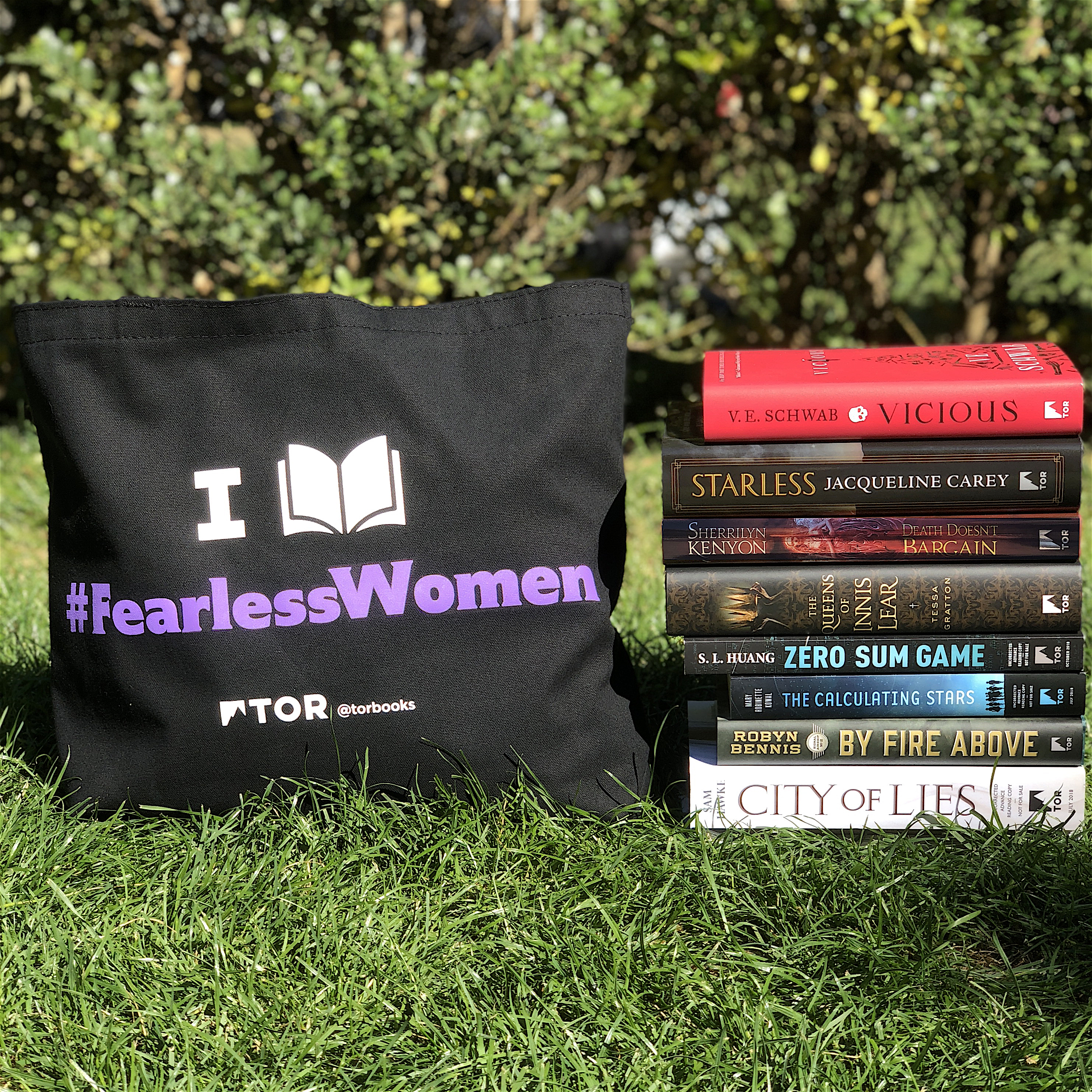 #FearlessWomen books and tote bag